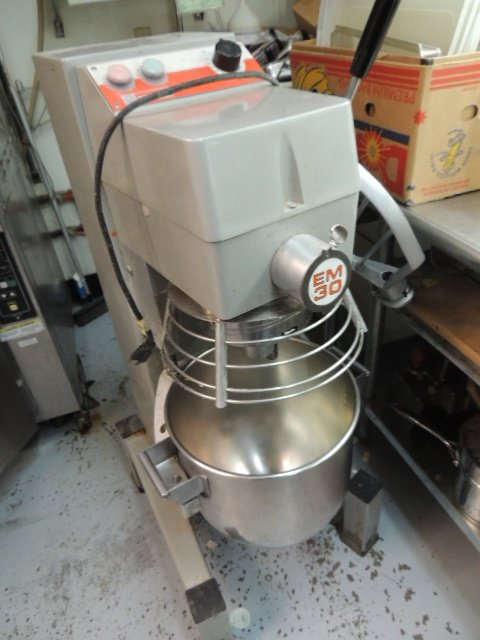 Dito Dean 30 Qt Mixer EM30, nice condition