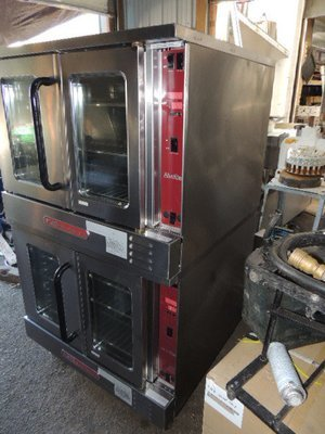 Excellent Condition Southbend Silverstar Double Stack Cook/Hold Gas Convection Ovens