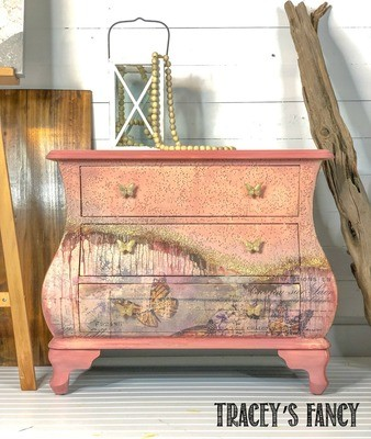 Butterfly Bombe Chest