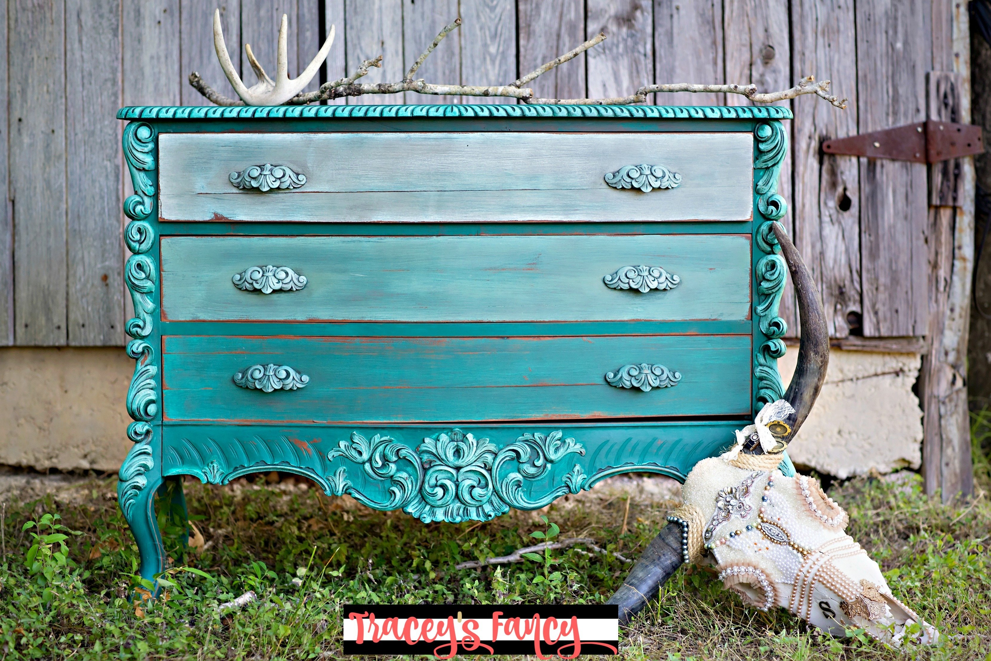 Farmhouse Color Wash Furniture Tutorial