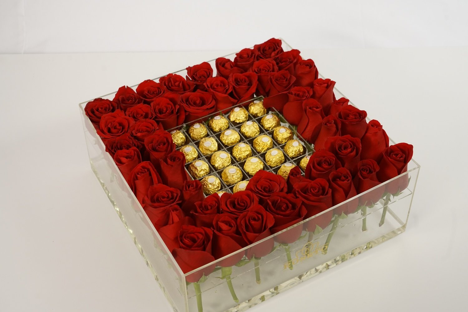 Acrylic big square box + ferrero