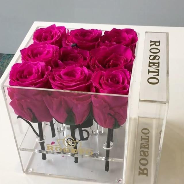 Acrylic box rosas eternizadas