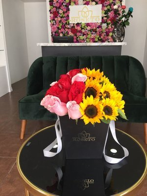 Square Box Rosas y Girasoles
