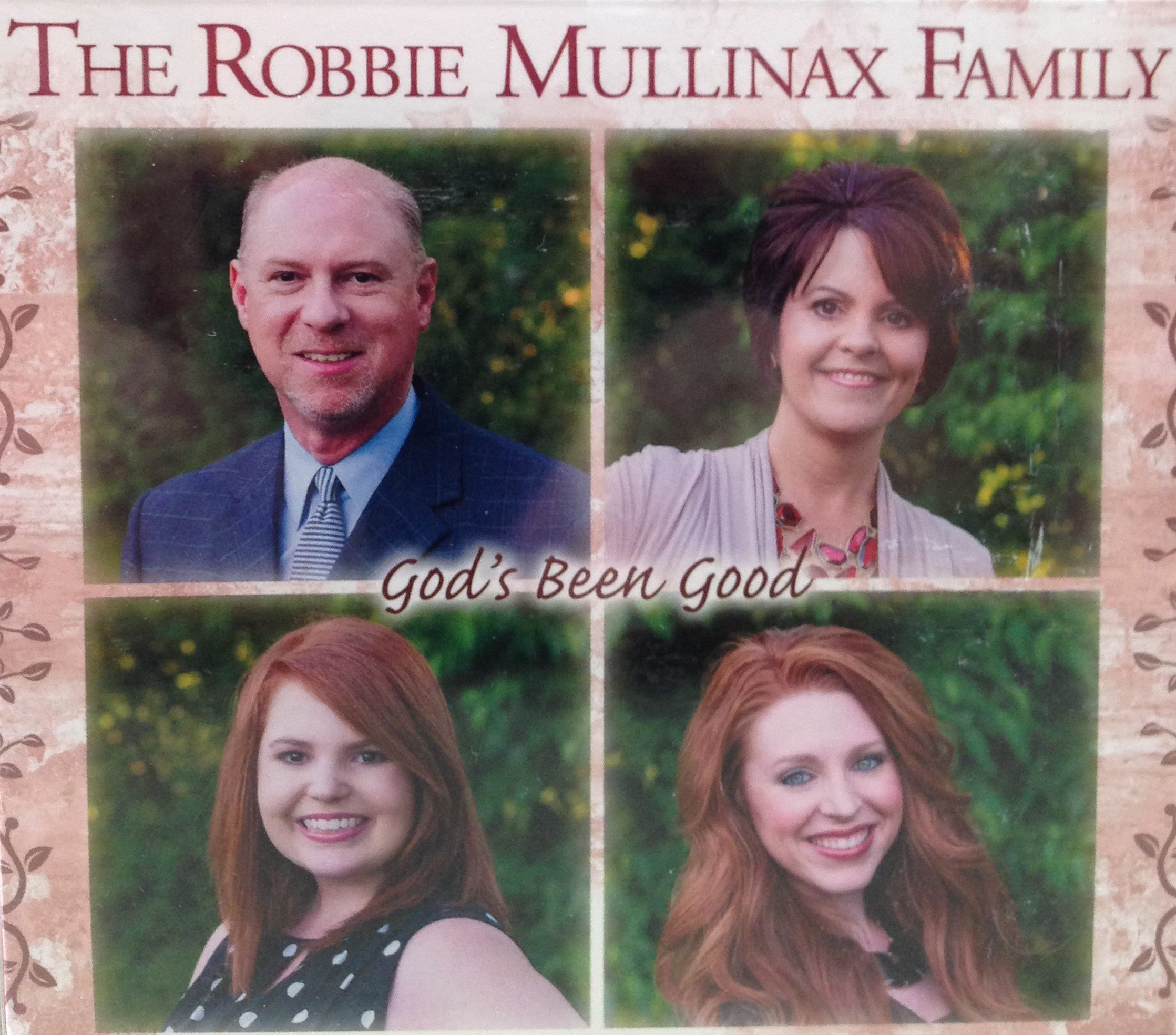 The Robbie Mullinax Family:  God's Been Good 00025