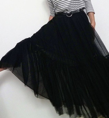 Maxi gonna in tulle nero a pois