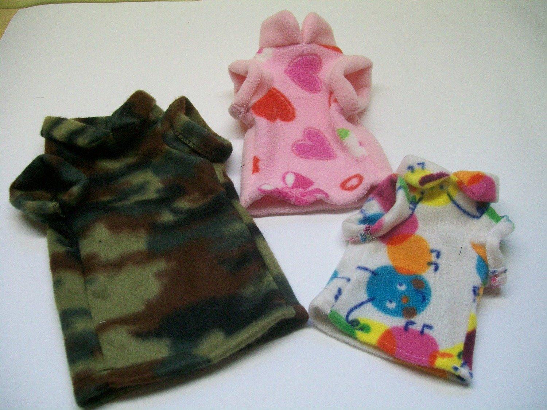 Chandails et pyjamas en polar pour chatons et chiots