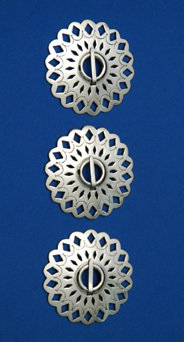 "Brooches: 3-Piece Set, 2 1/2"", Pierced & Engraved, Scalloped Edges BRO-SSP-25G"