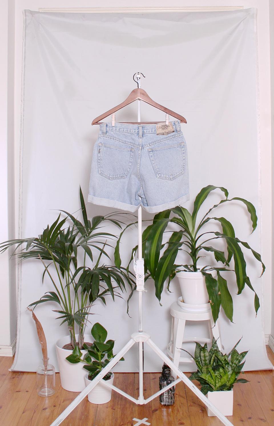 Vintage Denim Shorts (naisten M / miesten XS)