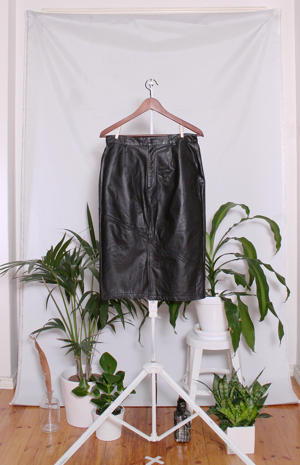 Vintage Leather Skirt (naisten M)