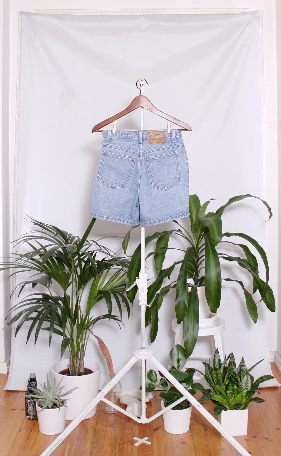 Vintage Denim Shorts (naisten S / miesten XXS)