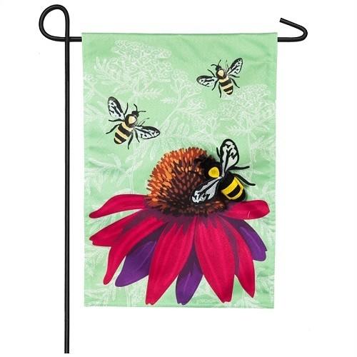 Garden Flag - Buzzing Bees