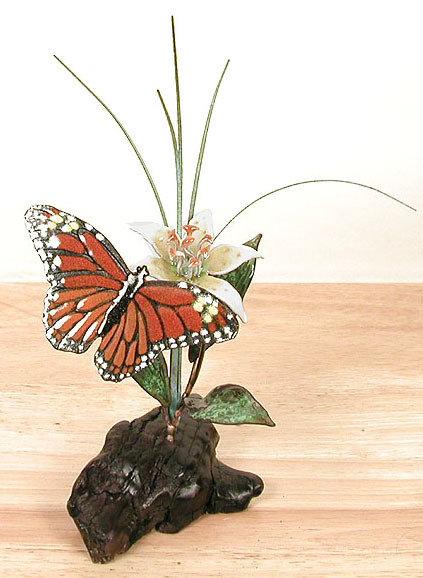 Bovano - Table Top Monarch