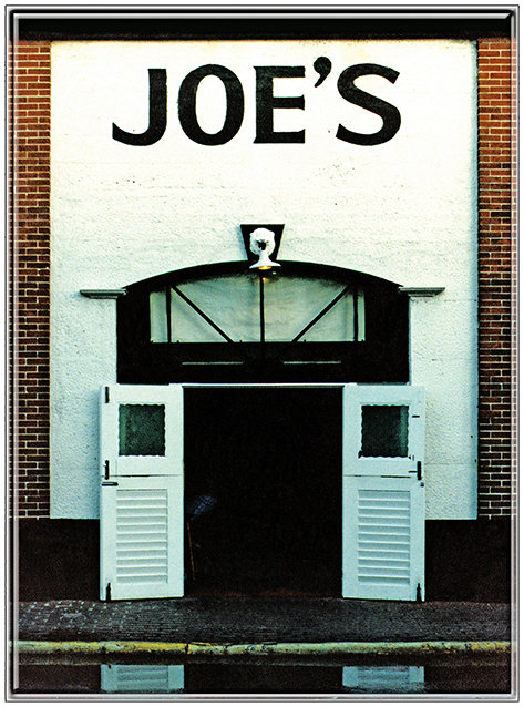 JOE'S DOORWAY * 8'' x 11'' 10079