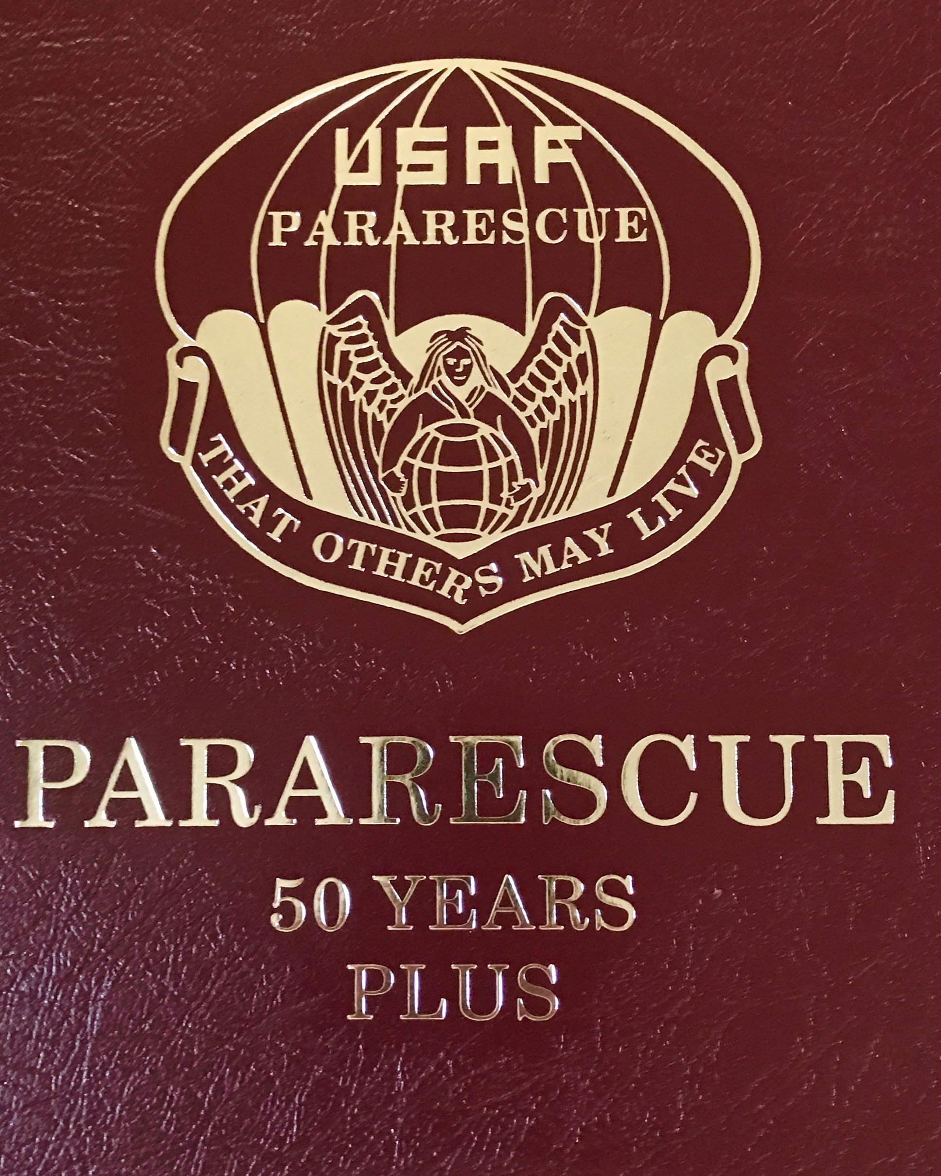 pja/ Pararescue History Book - 50Yrs + 01-0017