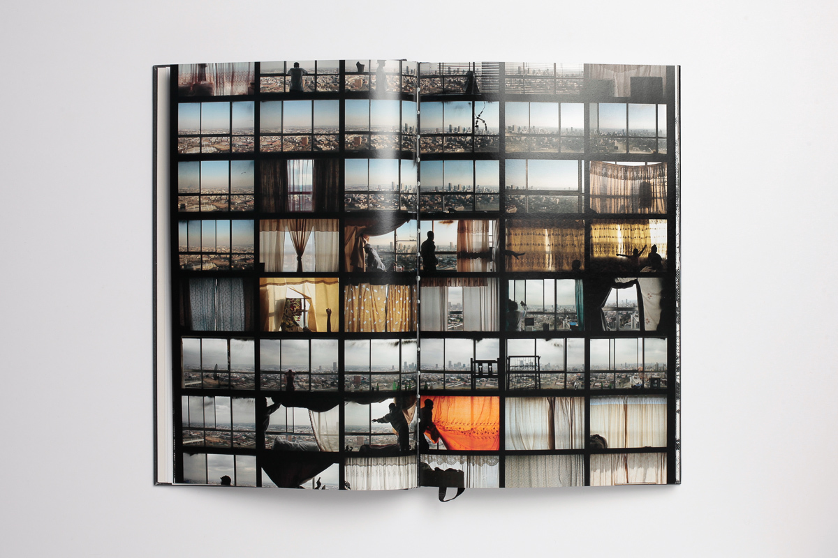 Mikhael Subotzky & Patrick Waterhouse - Ponte City