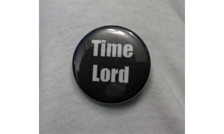 """Doctor Who """"Time Lord"""" Button B-007"""