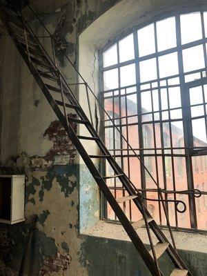Чердачная лестница с фабрики 1896 года