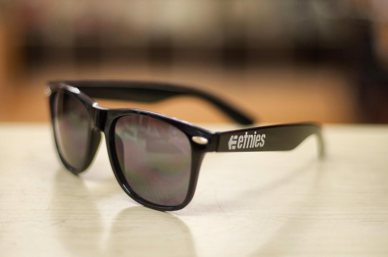 etnies sunglasses