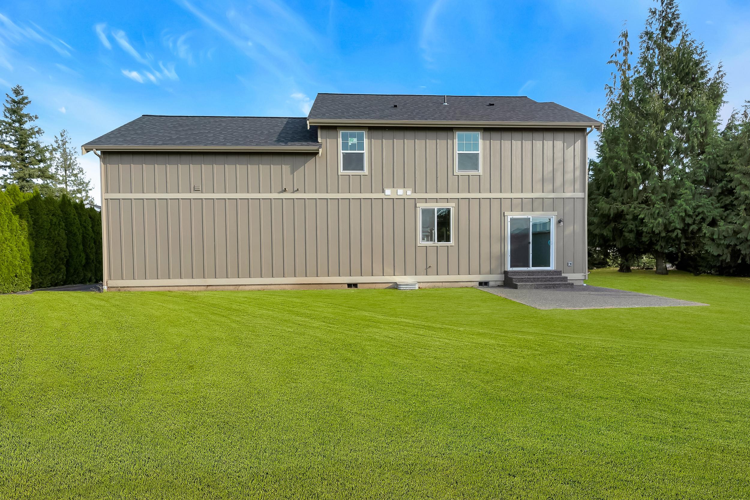 Contemporary Farmhouse 806