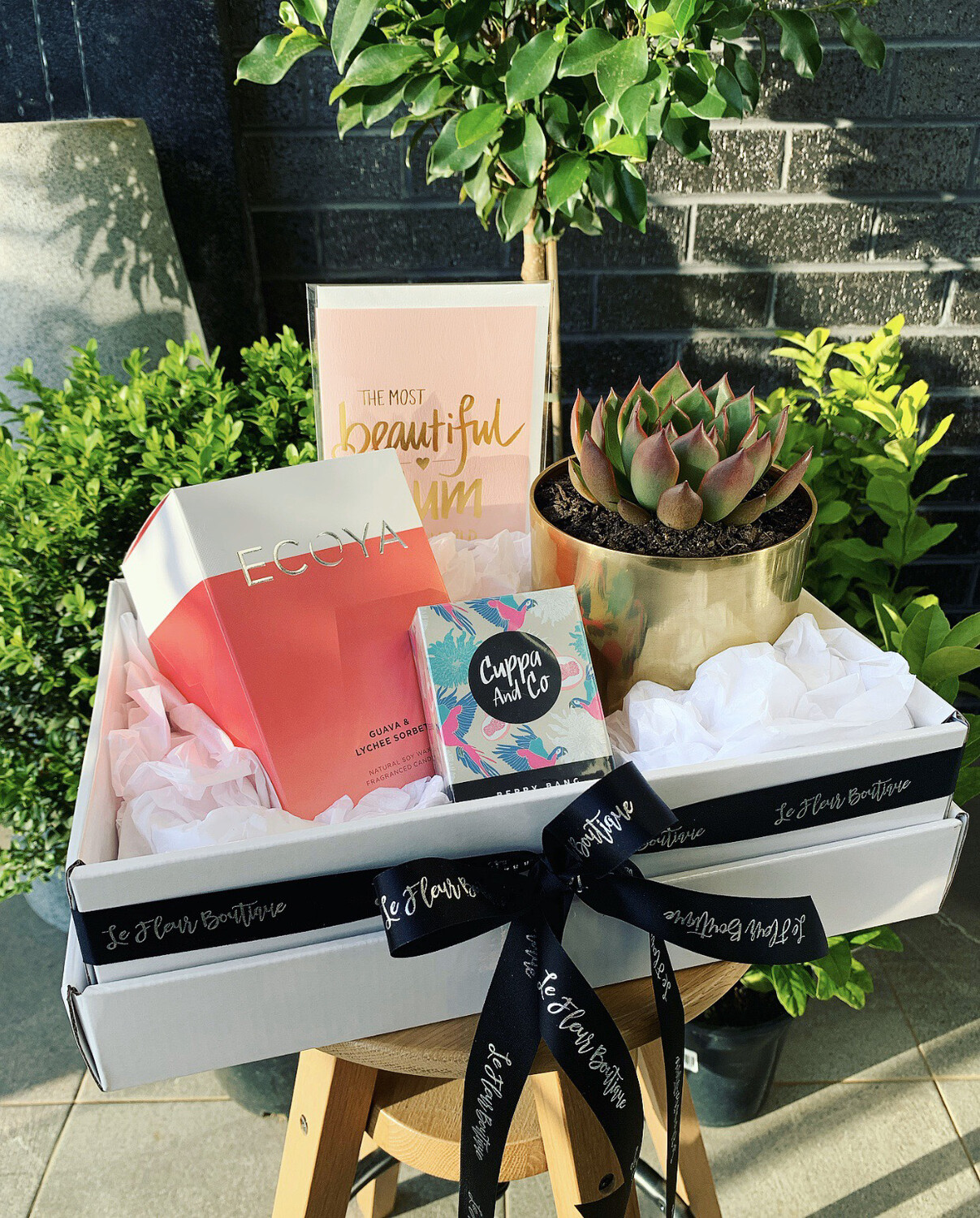 Most beautiful Mum In The World Box (Same Day Delivery Available)