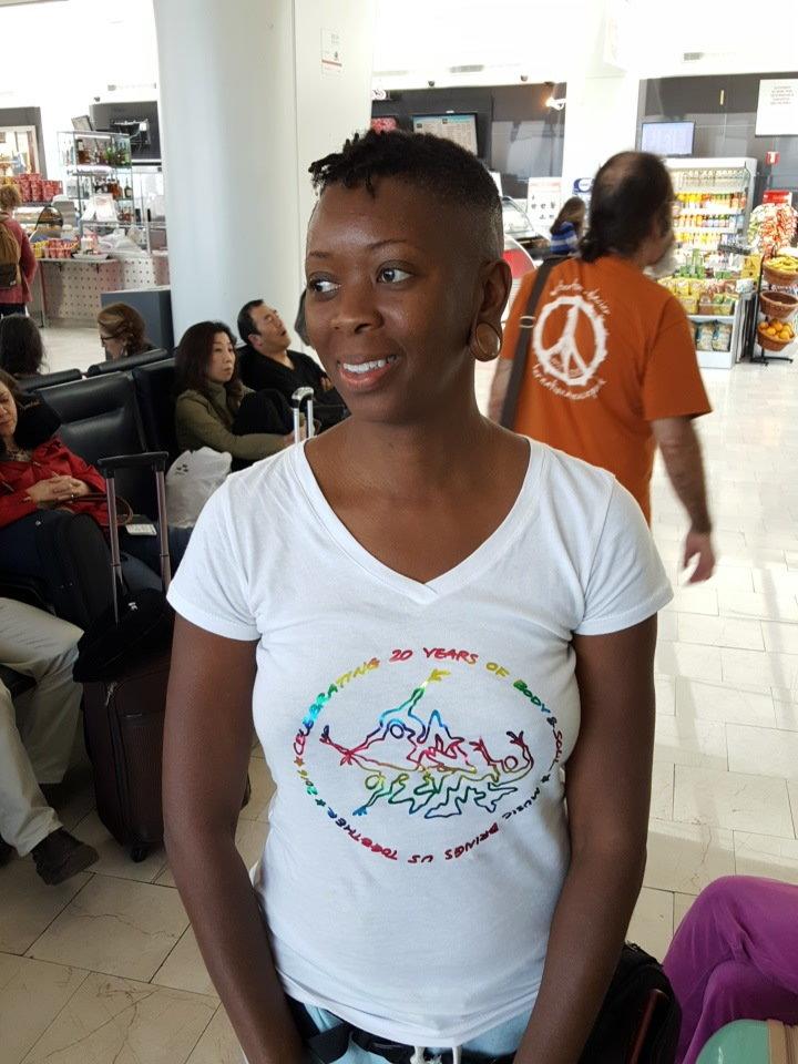 Women V-neck 20th Anniv White w/ Rainbow Ink L OWRZ2UOGZJ7XOPCEITL2K6SV