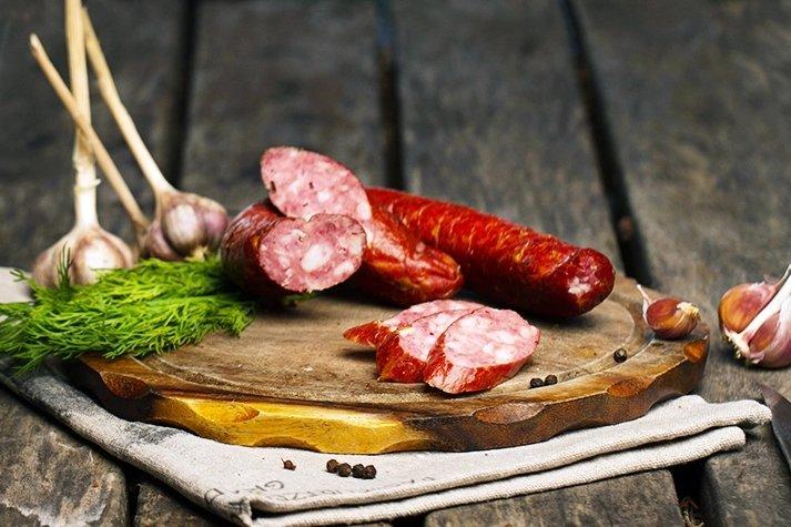 Колбаса варено-копченая из оленины/свинин, 100 г
