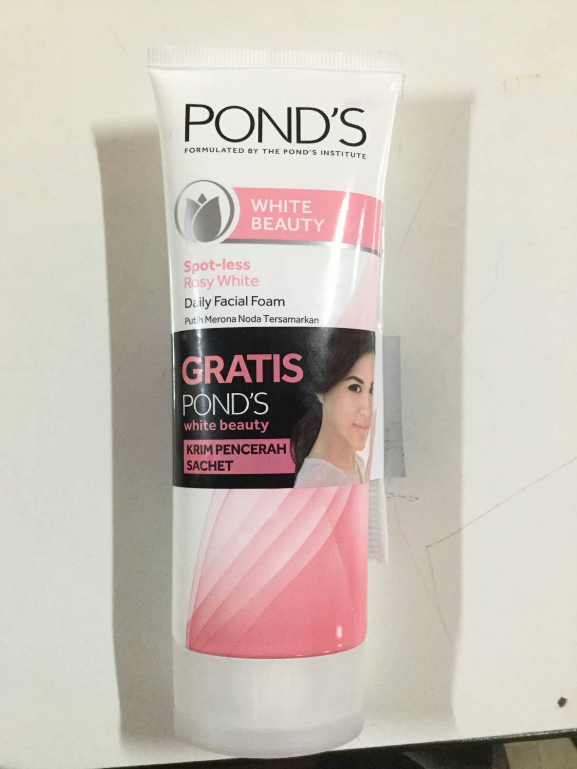 Pond's White Beauty Cleansing Gel (100 gr)