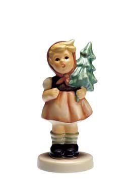 Mädchen mit Tannenbaum