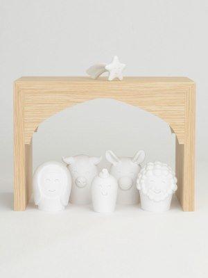 6 figuren met stal 19,5x12,5x14 cm