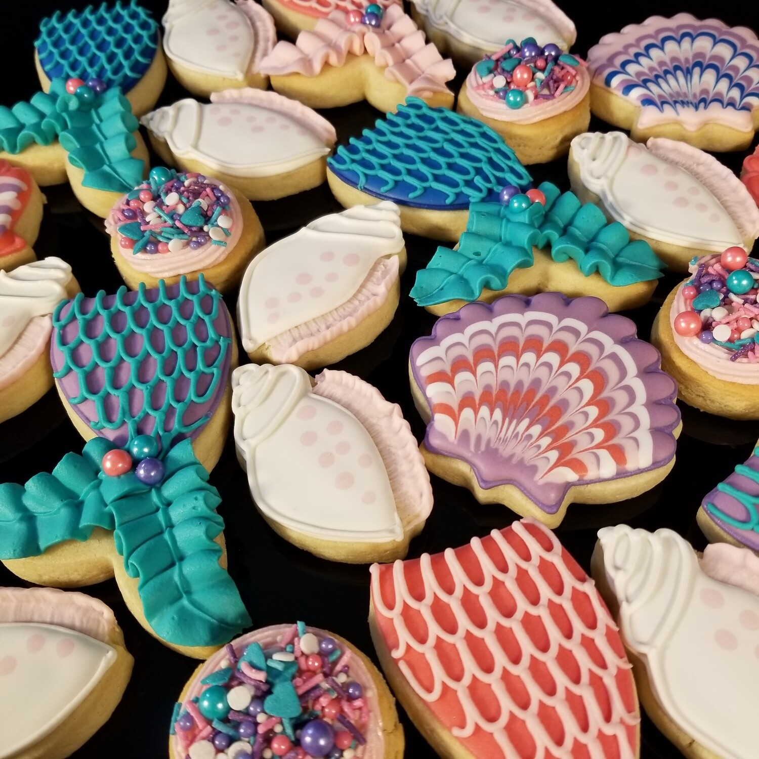 'Mermaid Tails and Shells Decorating Workshop - FRIDAY, JUNE 5th at 6:30 p.m. (THE COOKIE DECORATING STUDIO)