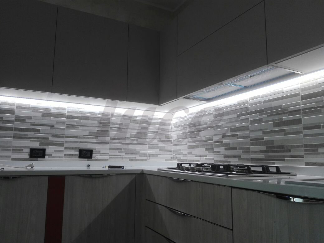 Beautiful Led Sottopensili Cucina Contemporary - Ideas & Design 2017 ...