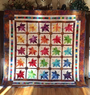 Queen Quilt Leaf Toss