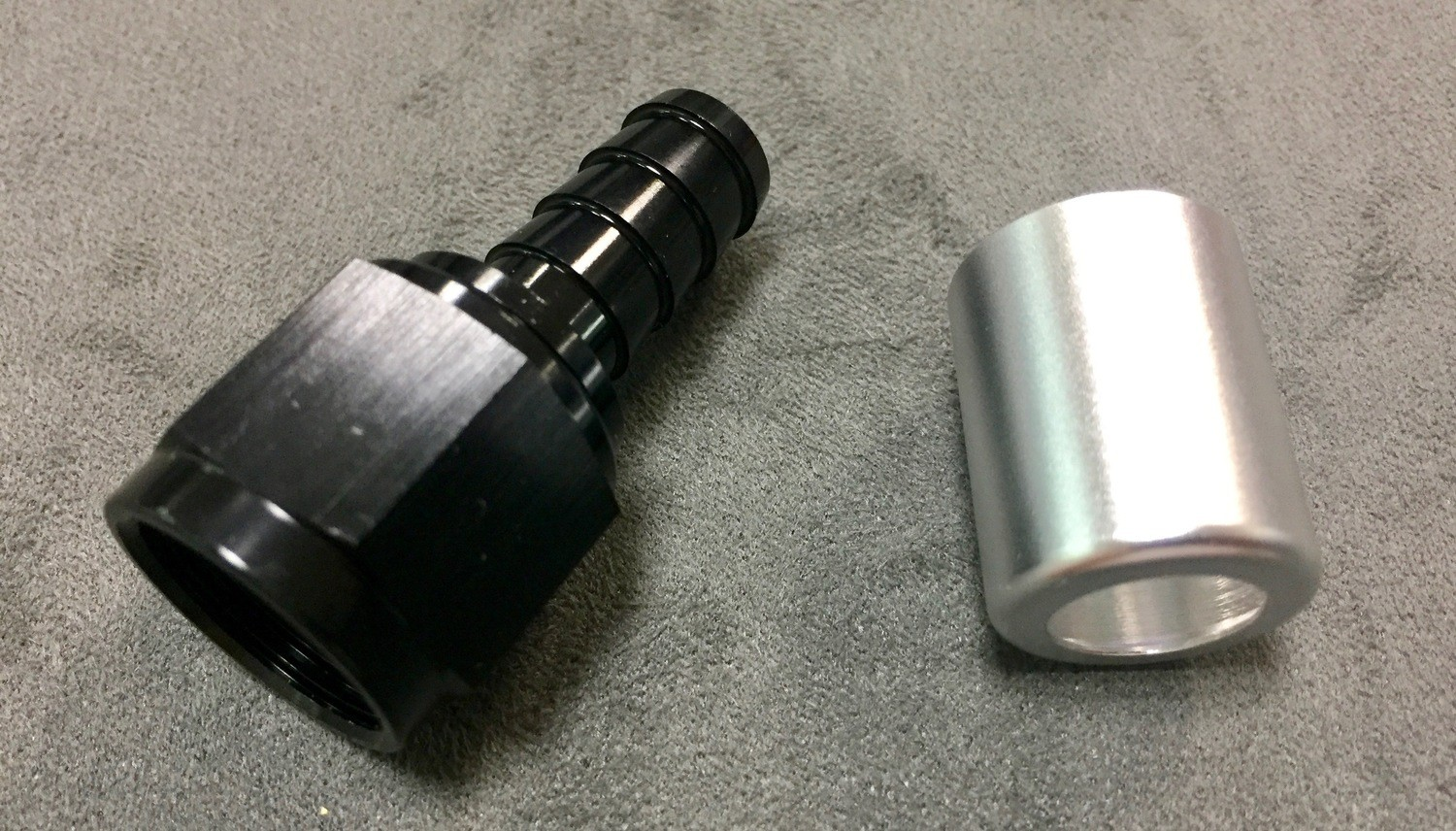AN8 FITTING 0 DEGREE FOR VW BREATHER TUBE AND OIL FILLER