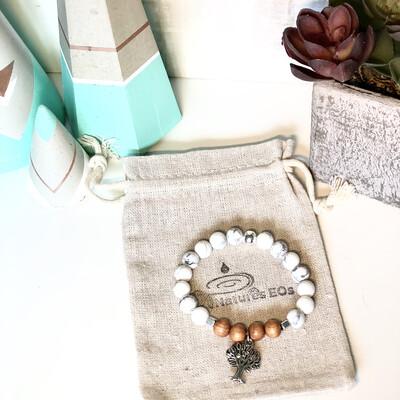 Howlite & Wood Aroma Bracelet