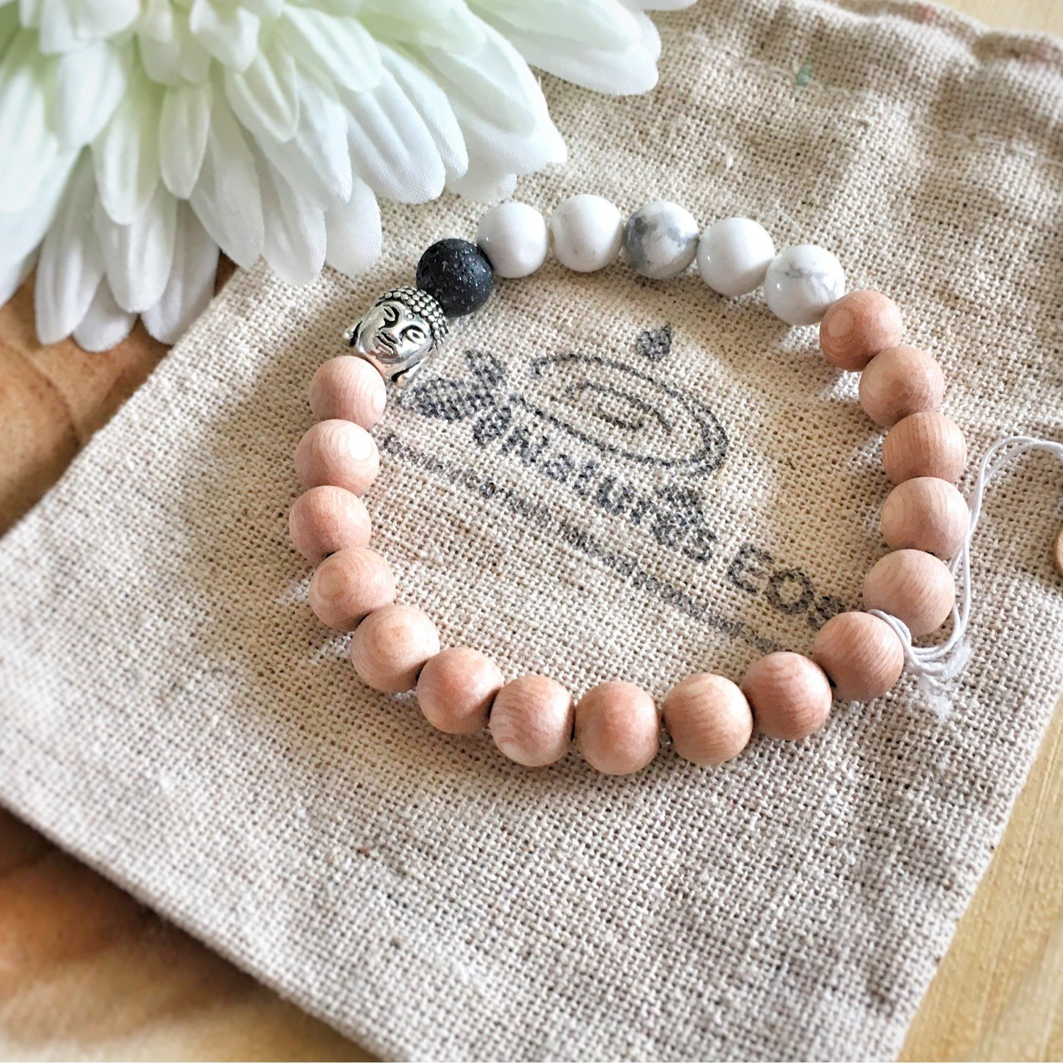 Rosewood with Howlite Aroma Bracelet