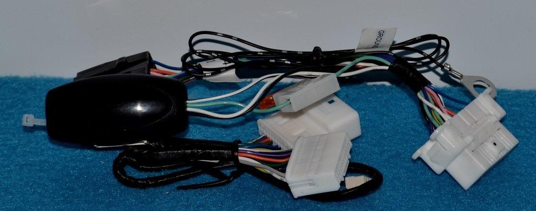 Modulo controllo chiusura specchi Toyota Auris 2013> Full Plug and Play DT029A