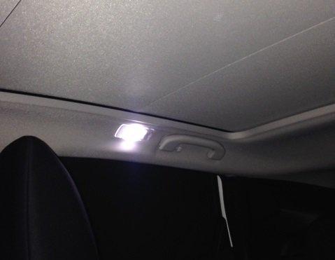 Luci interne a led posteriori tetto panoramico Nissan Qashqai J10 LI005