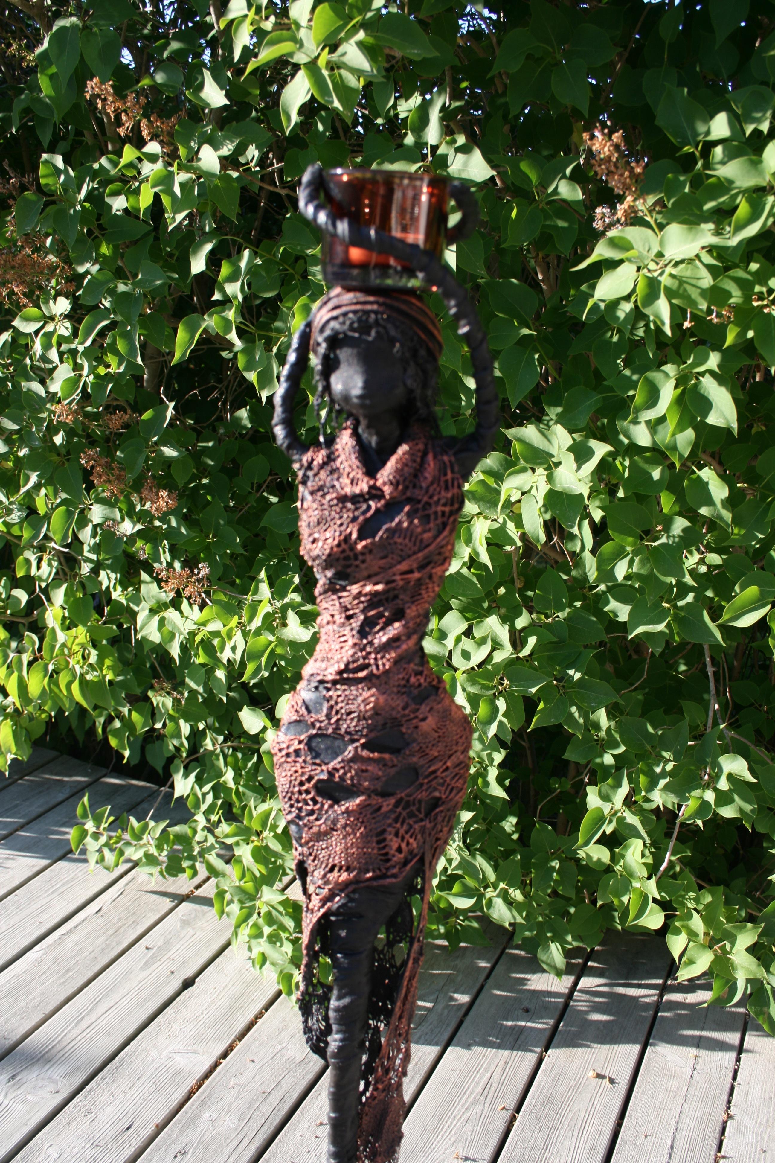 "Skulptur ""African lady"""