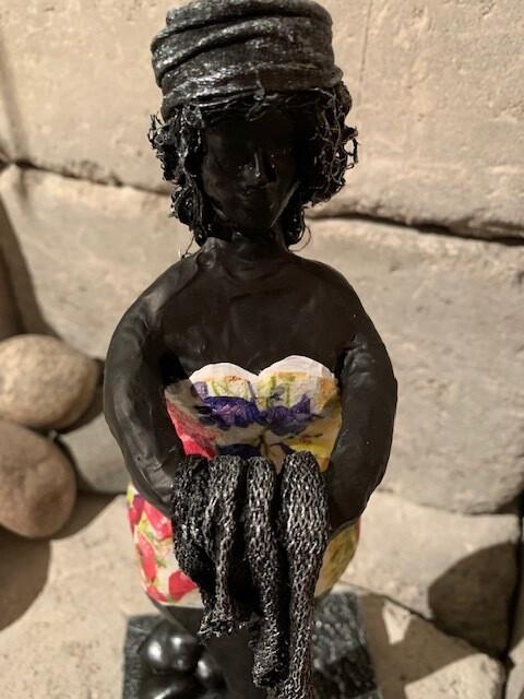 """Skulptur """"Damen med handduk"""""""