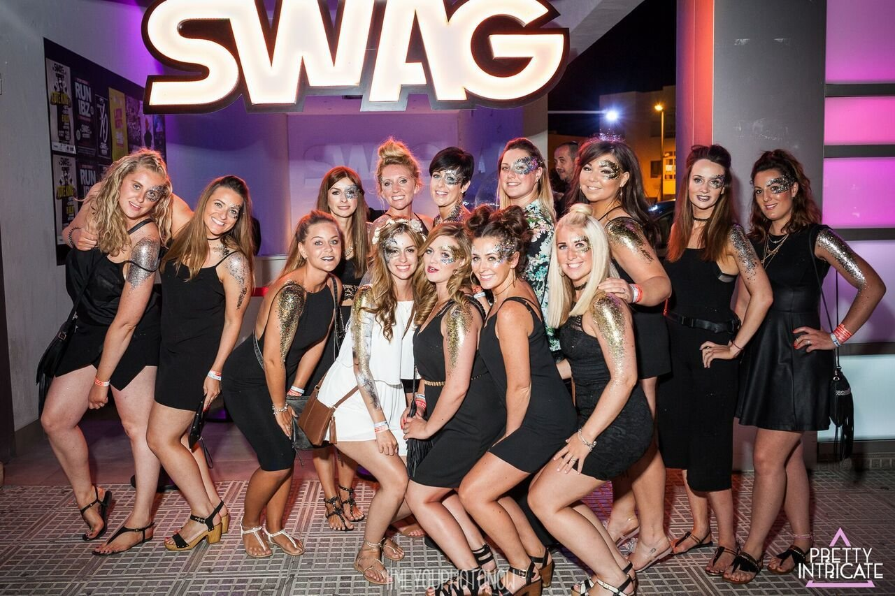 2hr Open bar + Swag (Rnb club) £49