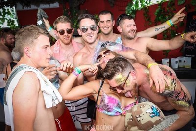 Ibiza Stag party Zoo project package £59