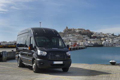 8 seater Ibiza transfers £75