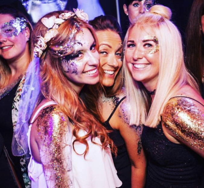 Drinks, Glitter & stripper hen party package with transfers! £55