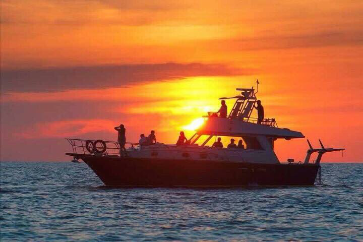Full day All inclusive Yatch charter