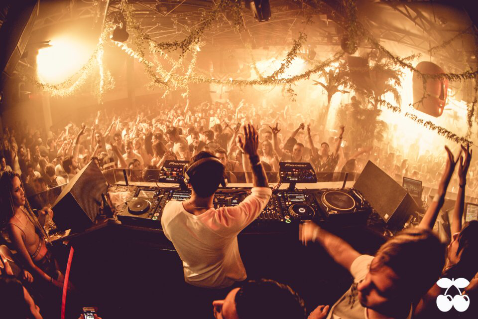 Hot since 82 @ Pacha package £85