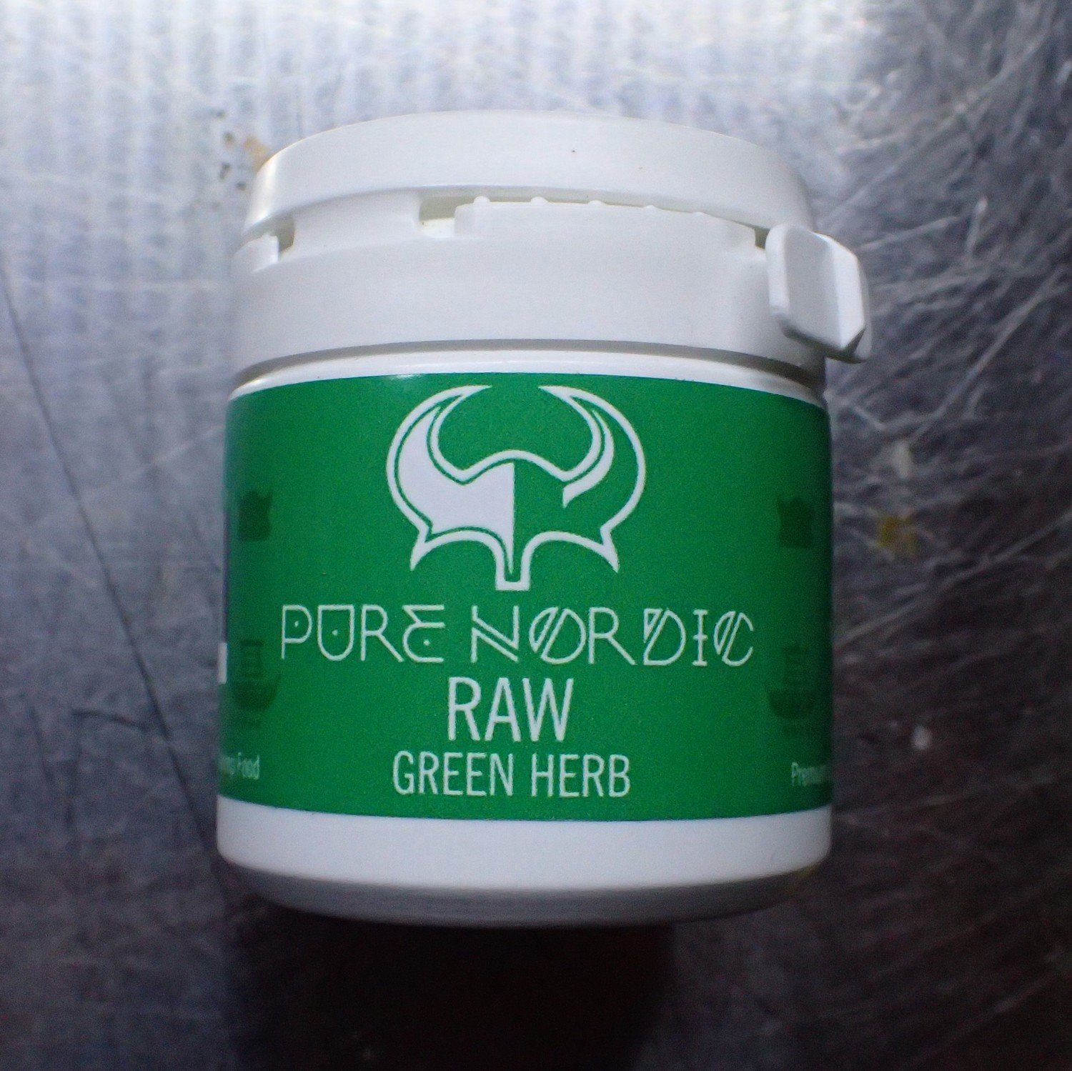 Pure Nordic Raw Green Herb 30g