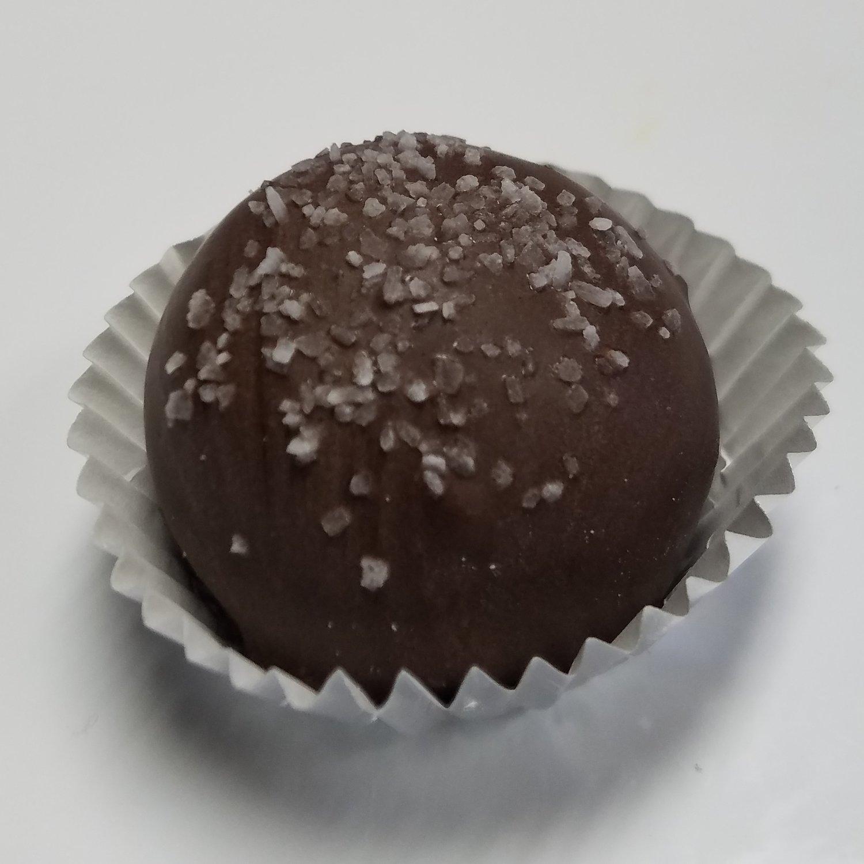 Salted Caramel Cake Truffle (1 Dozen)