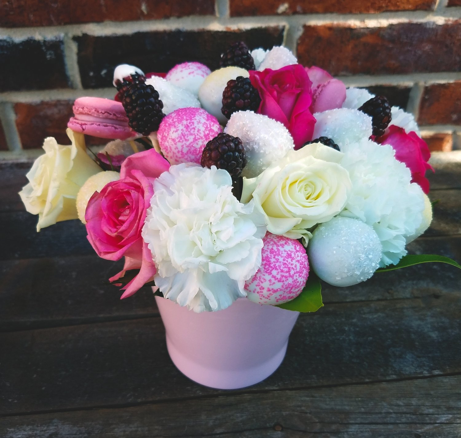 Truffle & Fruit Bouquet (Pink/White)