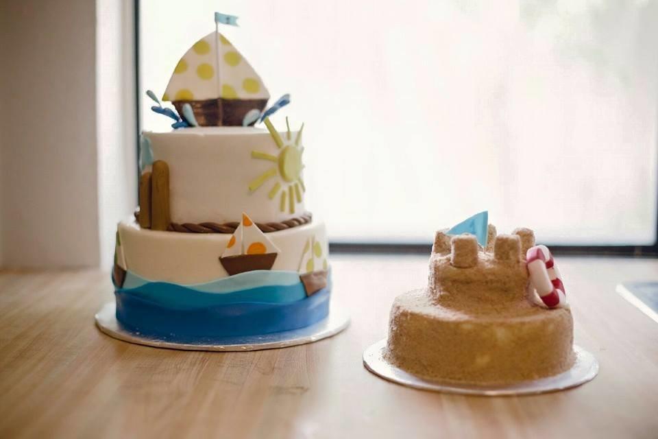 2-Tier Sailor w/ Smash Cake