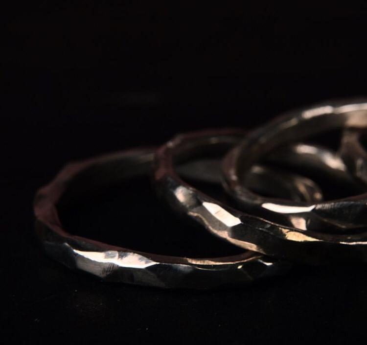 Обручальные кольца с гранями